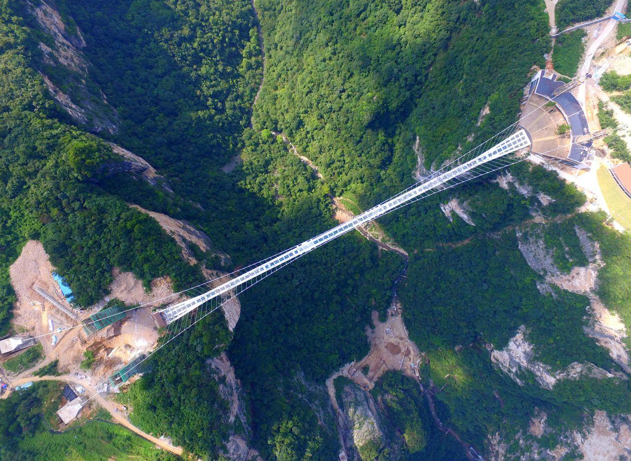 glass bridge china mountain Zhangjiajie (10)
