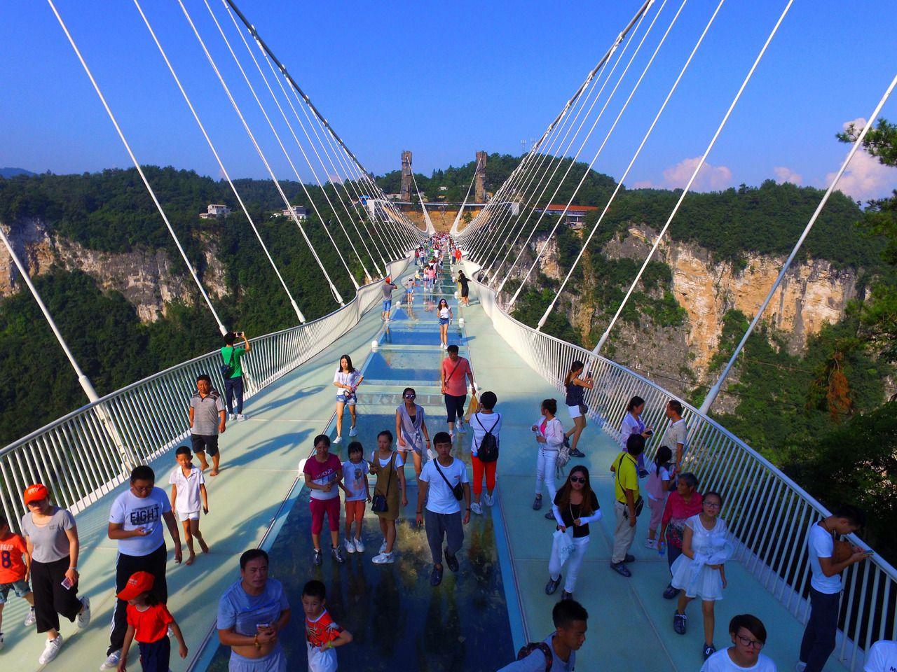 glass bridge china mountain Zhangjiajie (11)
