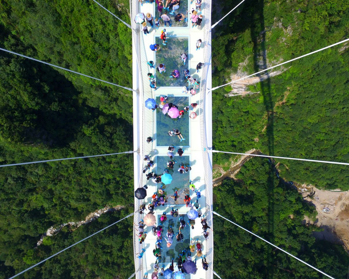 glass bridge china mountain Zhangjiajie (8)