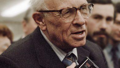 Photo of آندری ساخاروف فیزیکدان هستهای اتحاد جماهیر شوروی