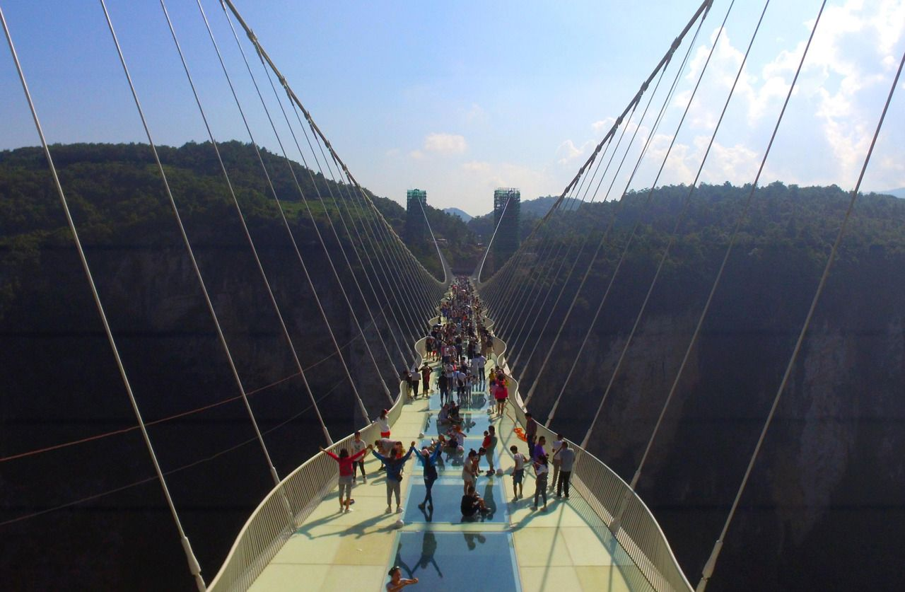 glass bridge china mountain Zhangjiajie (3)