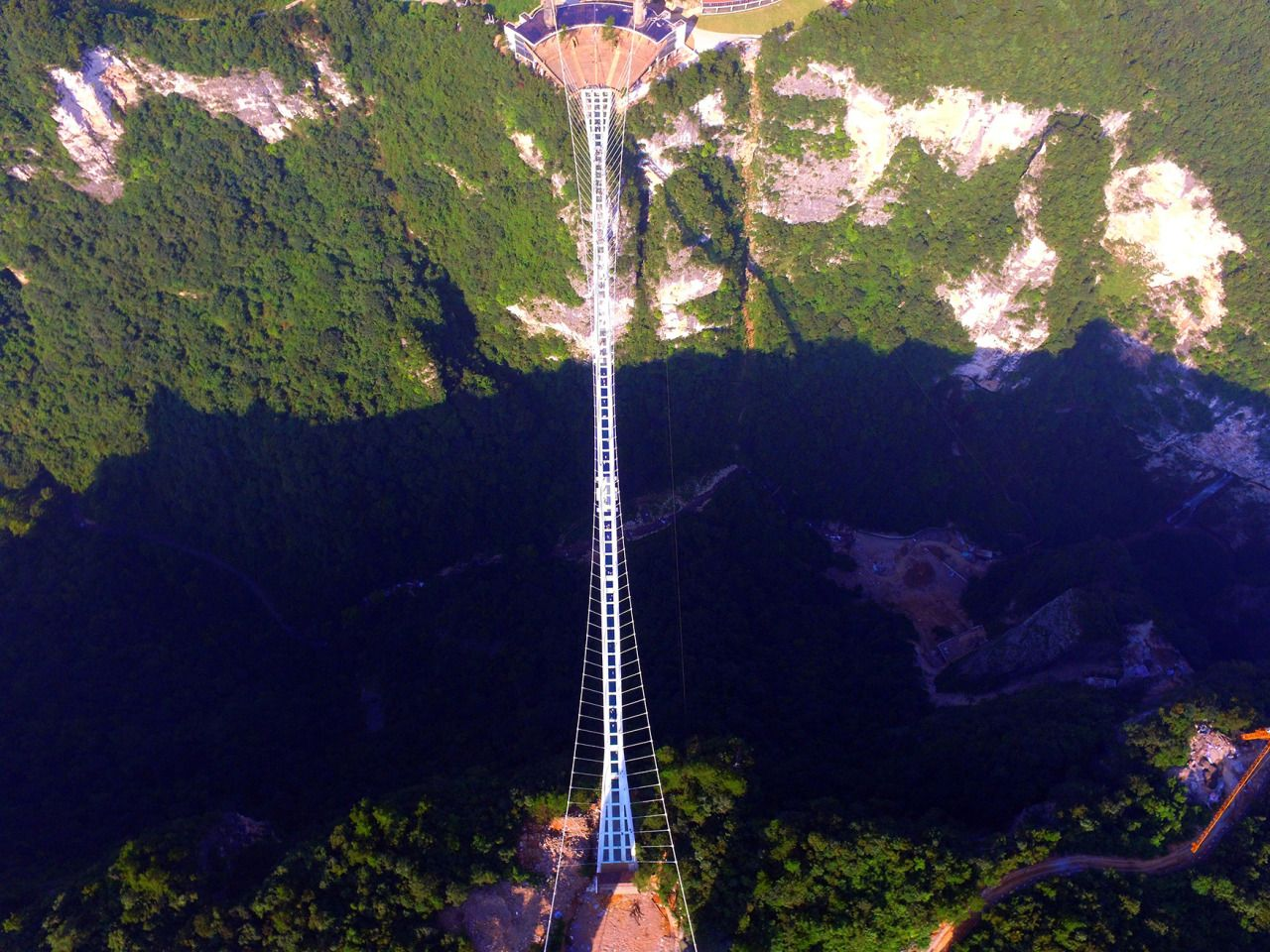 glass bridge china mountain Zhangjiajie (4)