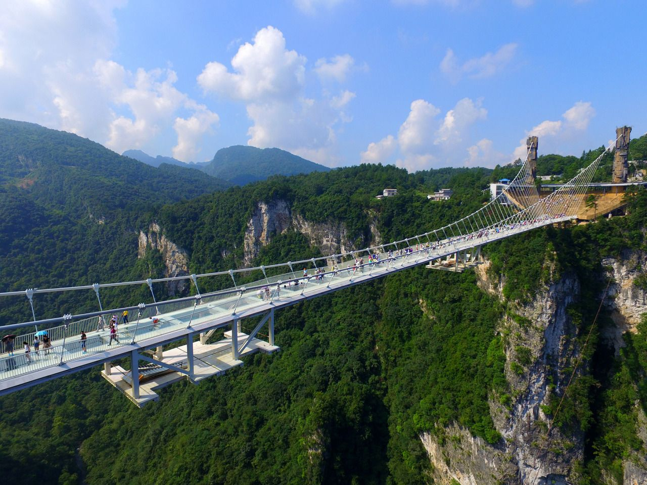 glass bridge china mountain Zhangjiajie (6)