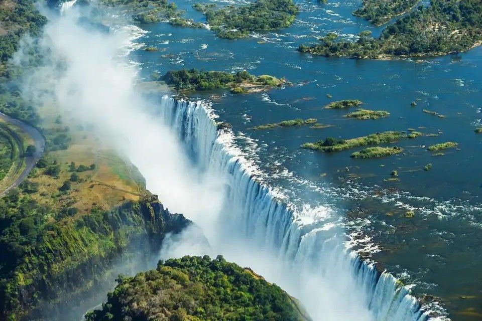 Victoria FallsZambiaZimbabwe