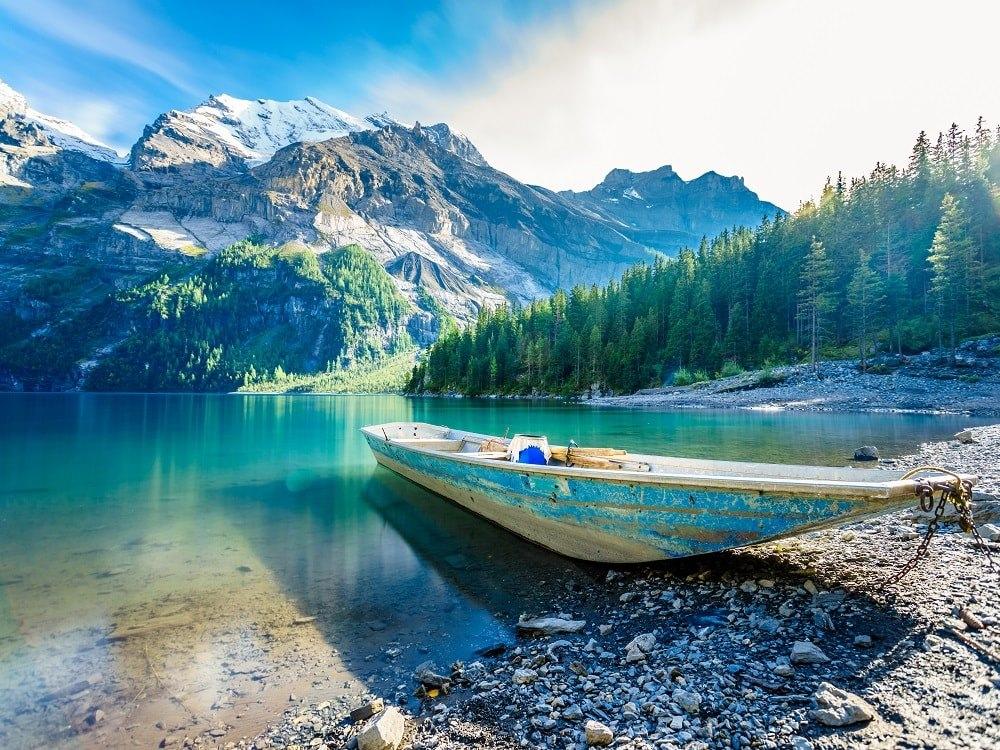 دریاچه اوسچینن - دریاچه کوهستانی در سوئیس