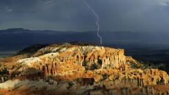 nature landscapes mountain sunrays rain 245x139 دانلود عکس طبیعت فوق العاده زیبا با کیفیت hd