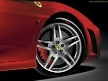 Ferrari-Side-View-Wallpaper