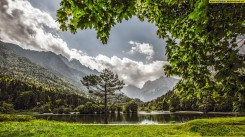 jasna_lake_slovenia-wallpaper