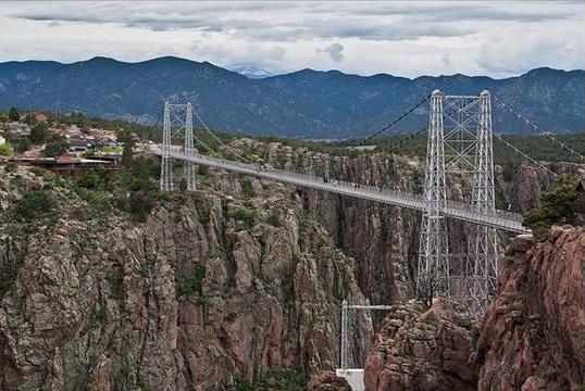 25 Scary Bridges-5