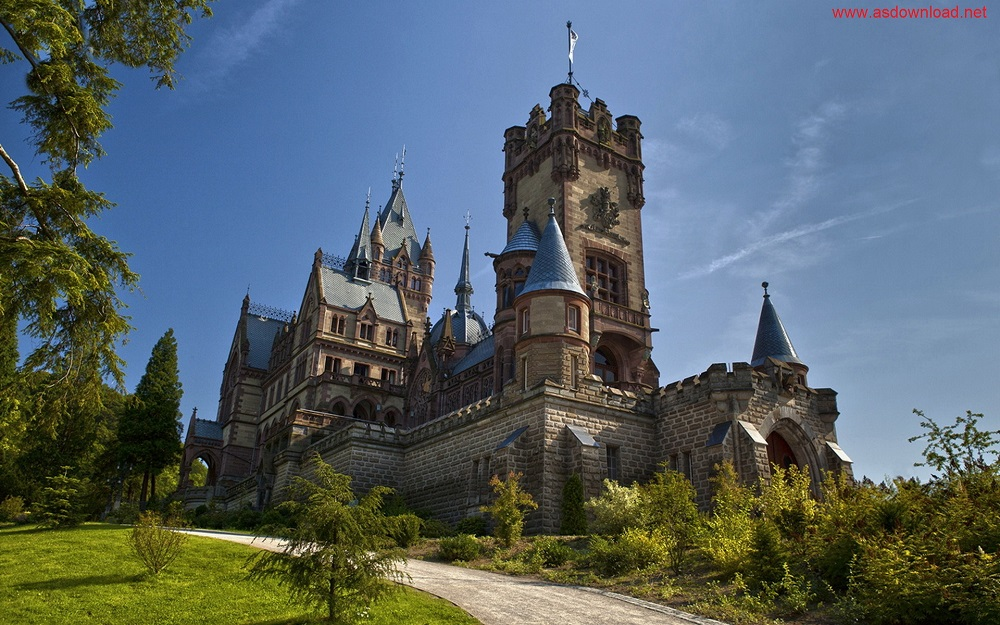 Schloss-Drachenburg-Germany-Wallpaper