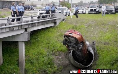 Funny Car Accident (3)